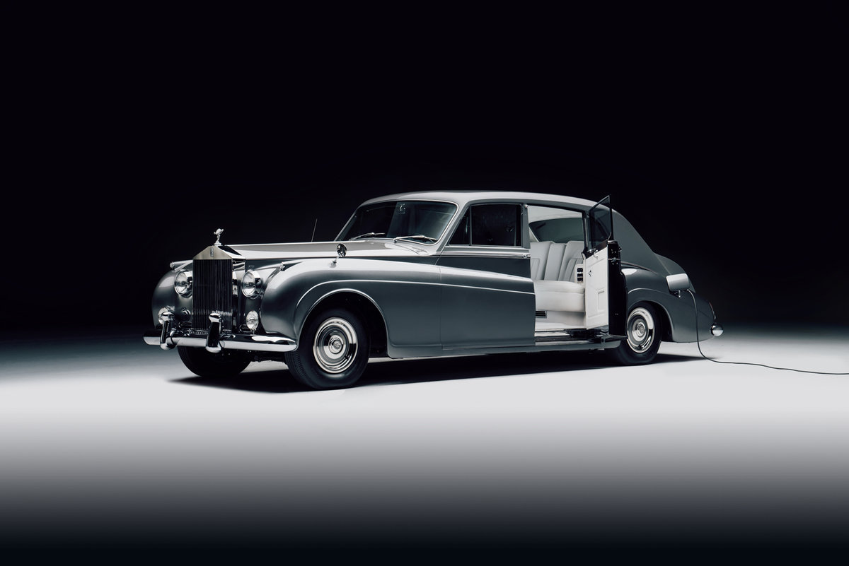 finally-that-electrified-rolls-royce-phantom-v-youve-always-wanted-can-be-yours-for-500000